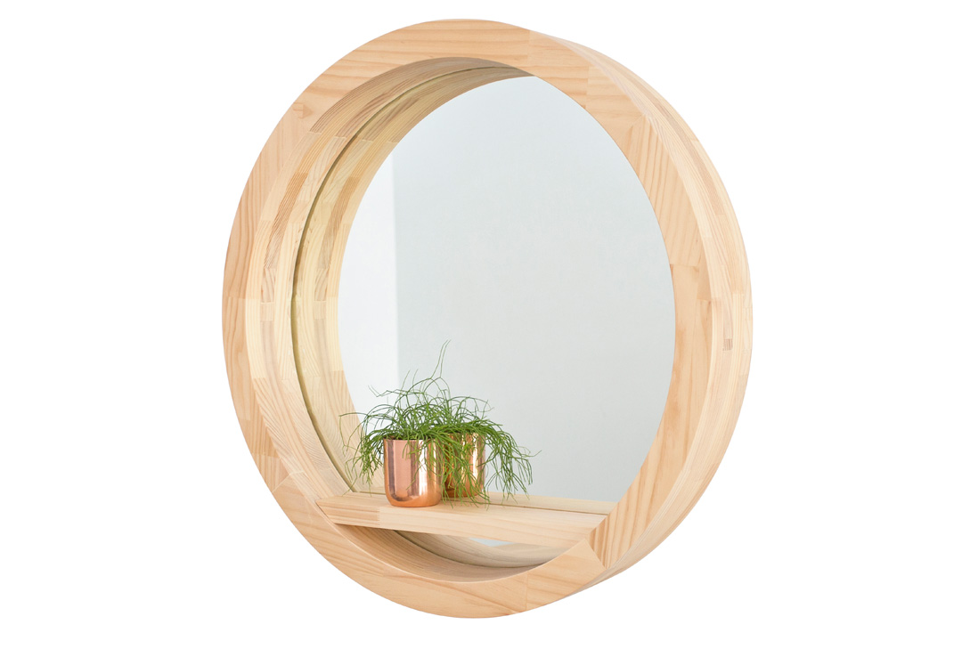 The Offering Mirror in Natural